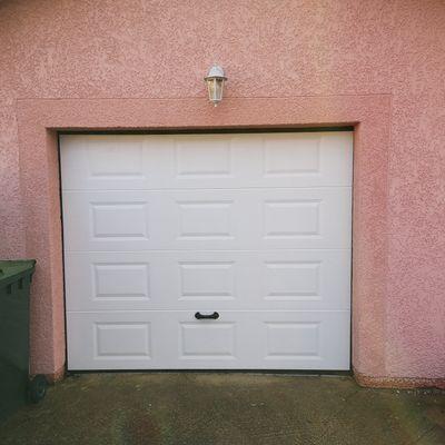 Porte de garage Lola