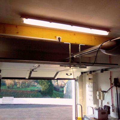 Porte de garage Lucie